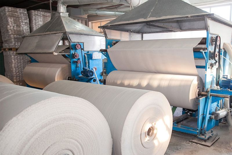 Remote access in the production of mask fleece